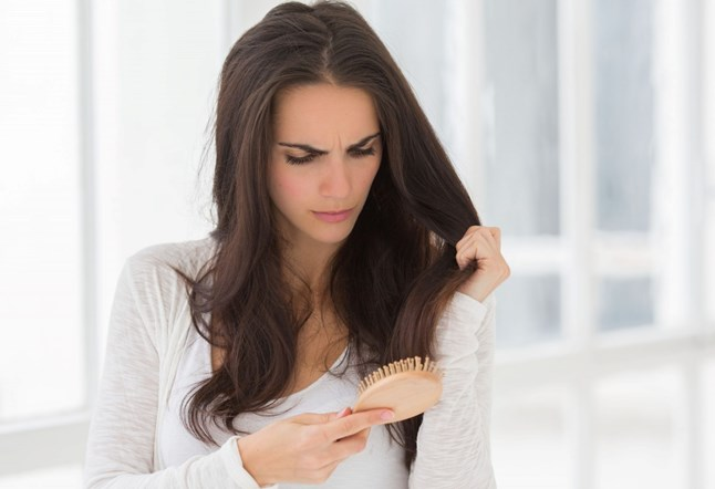 علاج تساقط الشعر بعد البروتين